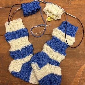 regia sinivalkoinen vauvan sukat